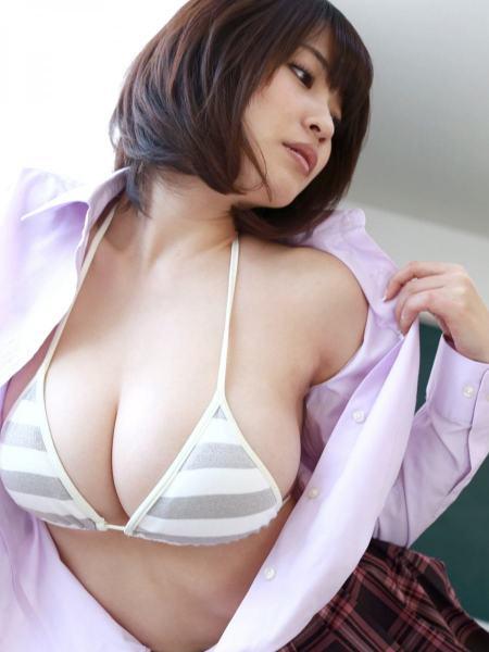 kishiasuka2033