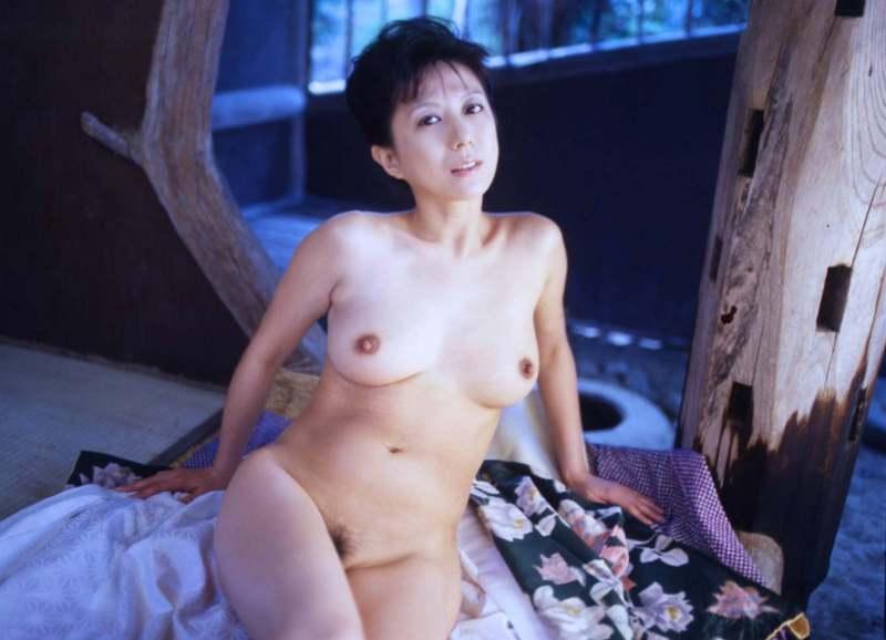 kobayashihitomi2032