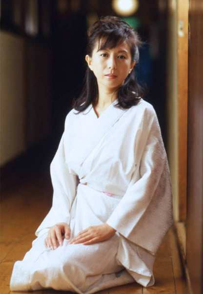 kobayashihitomi2051
