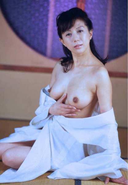 kobayashihitomi2055