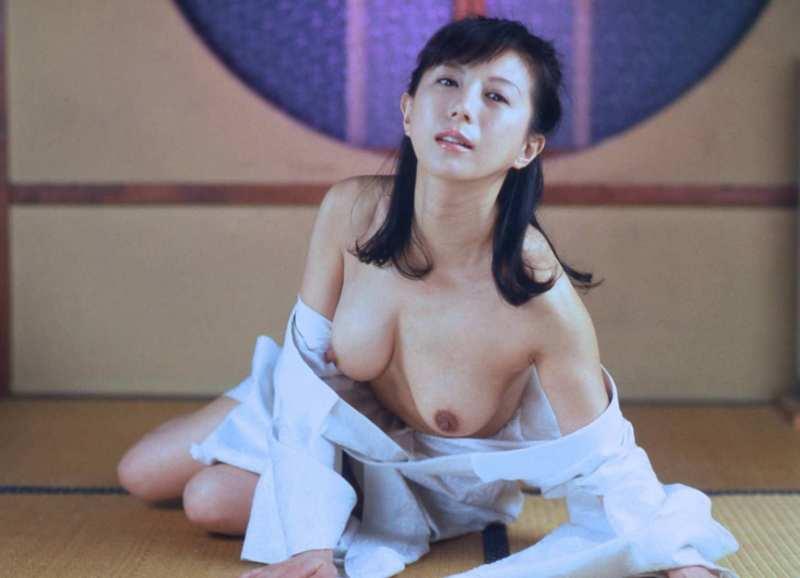 kobayashihitomi2057