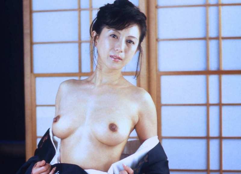 kobayashihitomi2073