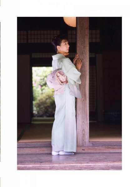 kobayashihitomiA3009