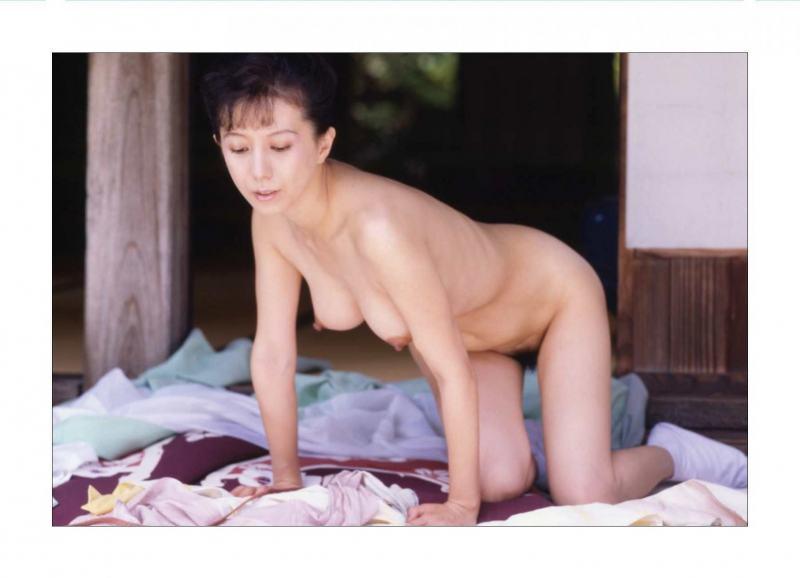 kobayashihitomiA3038