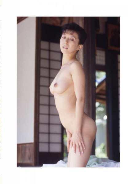 kobayashihitomiA3040
