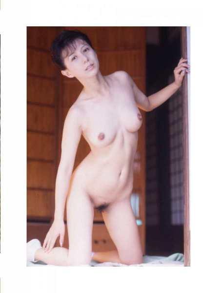 kobayashihitomiA3087