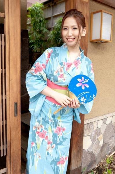 nishinamomoka18001