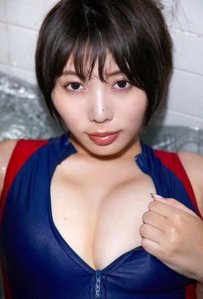 yasuikaoru2052