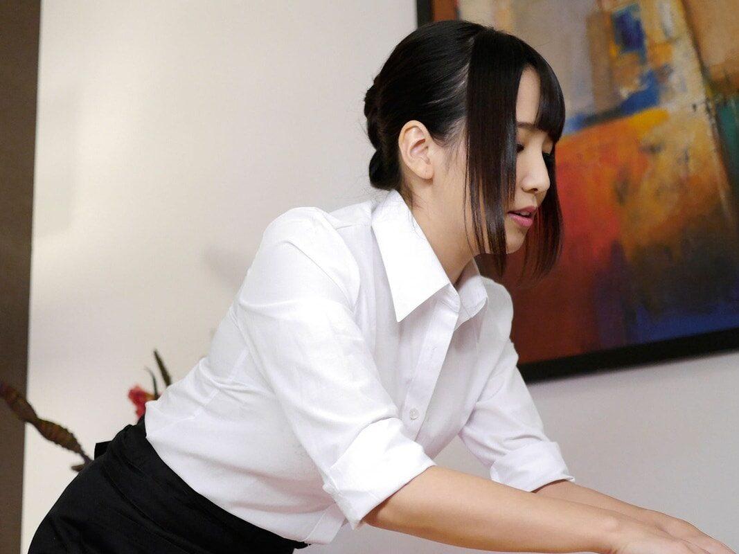 コスプレ百科 友田彩也香 写真集 61photos