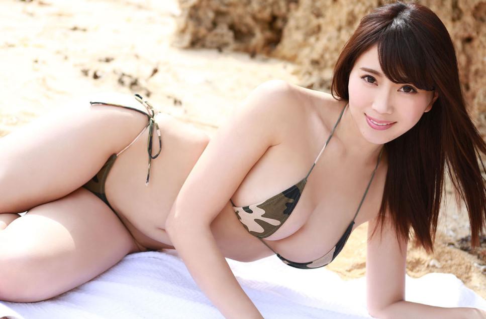 森咲智美「ギリギリ」  58photos
