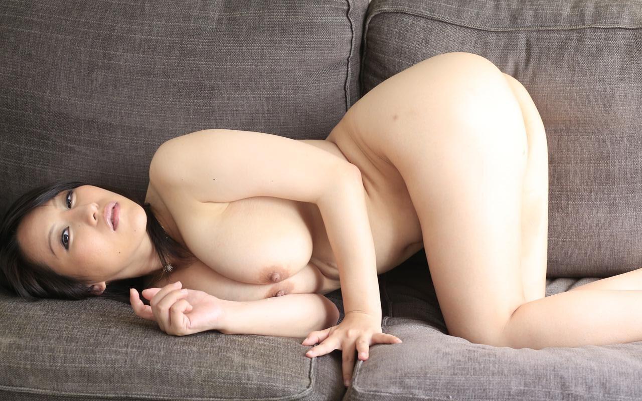 谷間中毒 星咲優菜 60photos