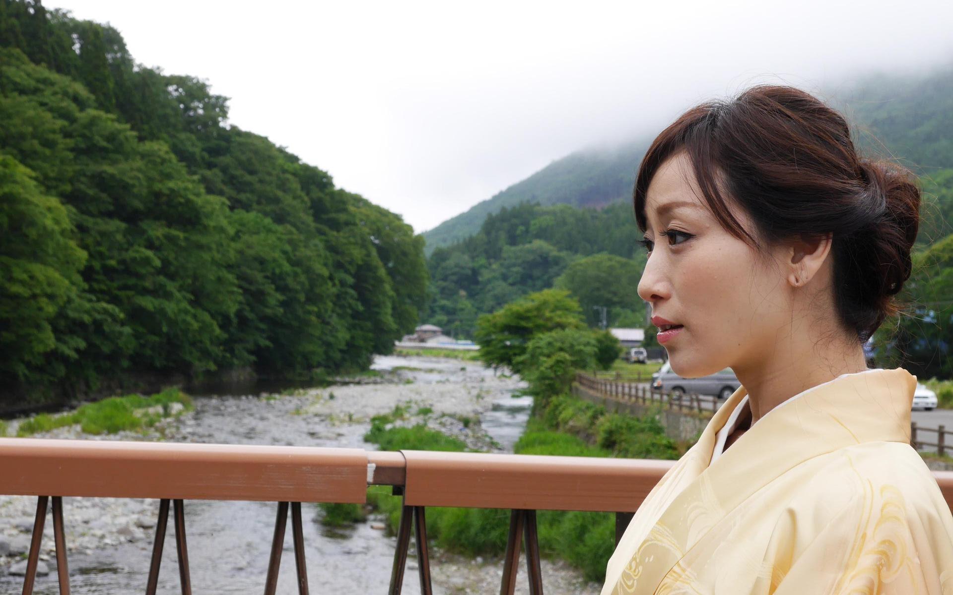 川上ゆう『お女将さん』(デジタル写真集) 191photos