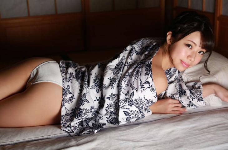鈴木ふみ奈「ふみももリターンズ」 Idol Line 50photos