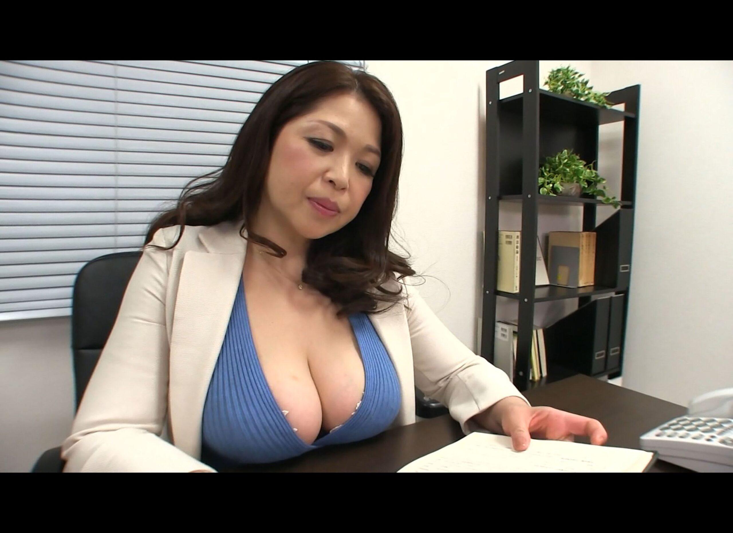 巨乳女PTA会長と女校長が性的奉仕した事が問題になり肉体謝罪! Episode01  加山なつこ 桐島美奈子 130photos
