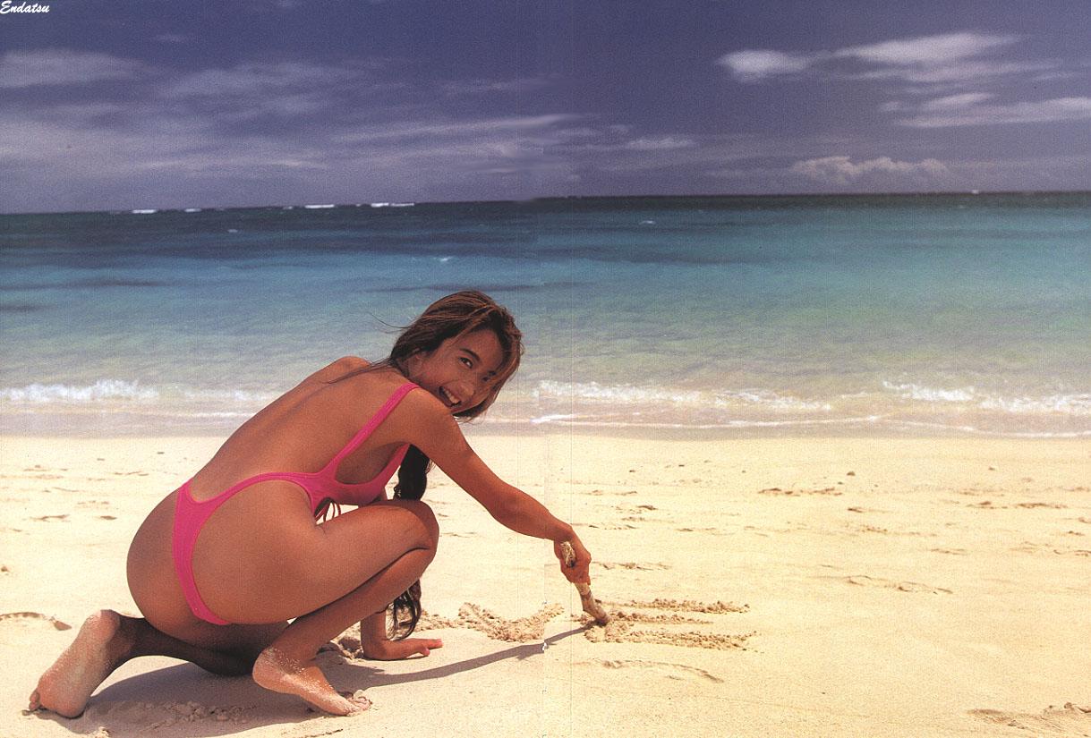 飯島愛 - Sincerely (1993.08.25) 94photos