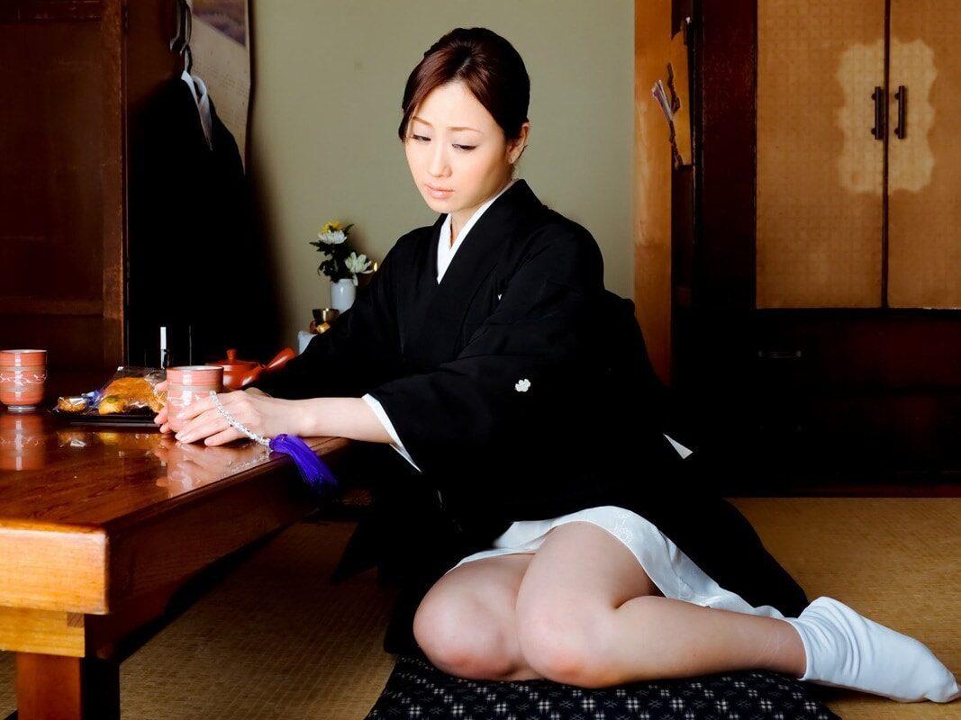 『桃尻熟女の淫らな疼き』 川上ゆうデジタル写真集(前編) 53photos