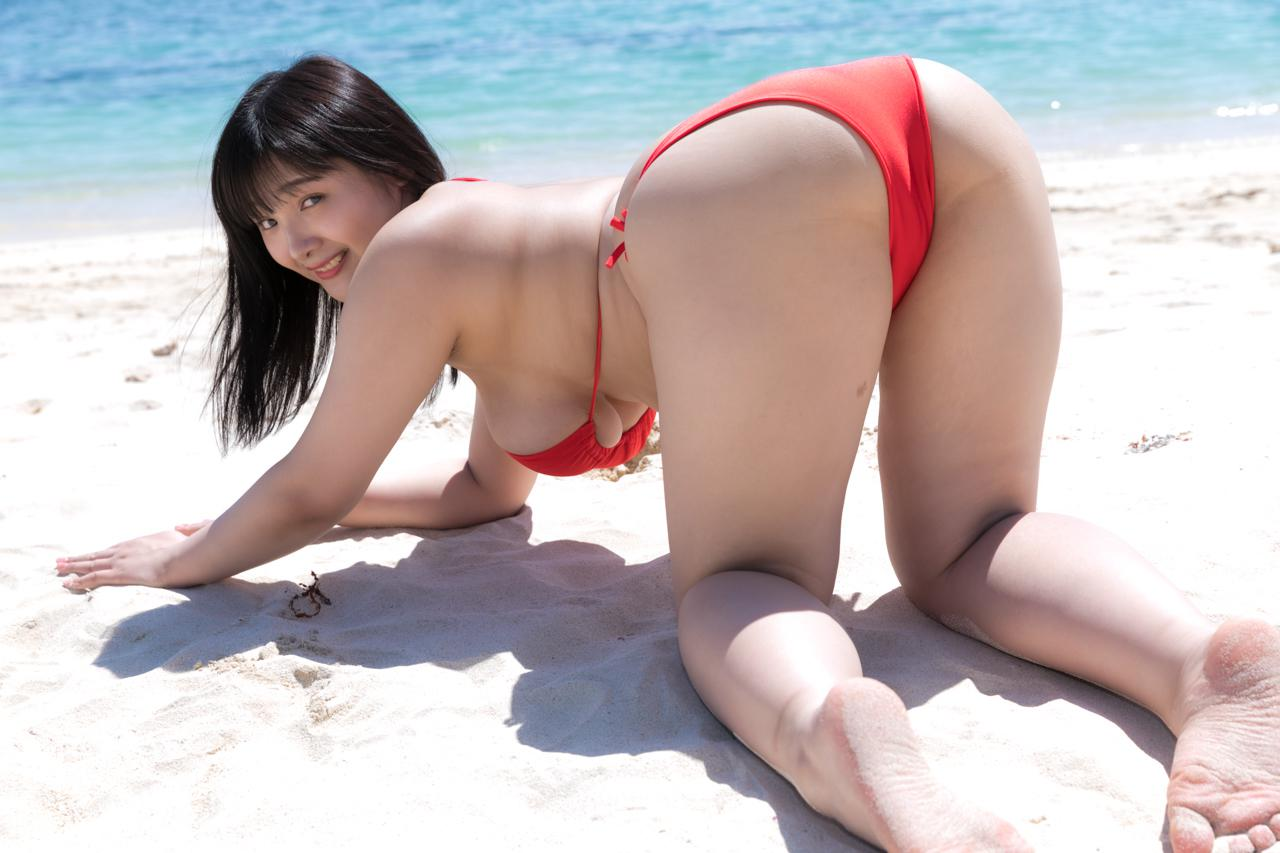 Jカップアイドル 工藤唯 「Jビーチガール」 写真集 美少女伝説 116photos