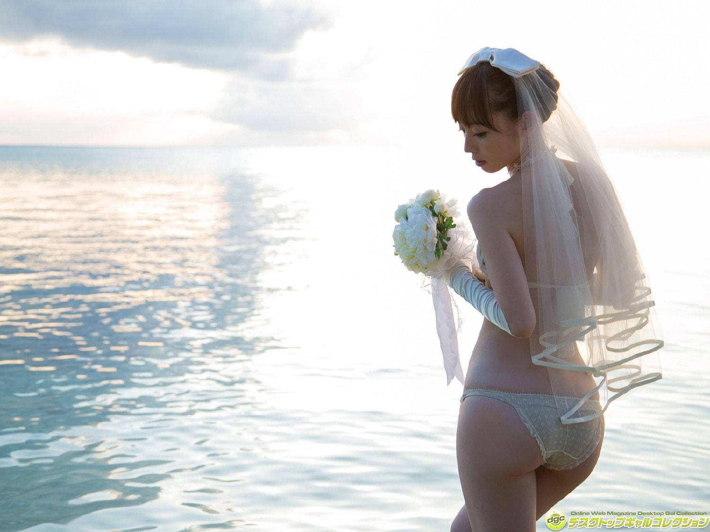 DGC No.1286 Rina Akiyama 秋山莉奈 - グラビア界最強の美尻を持つ'オシリーナ! (2016-01) 80photos