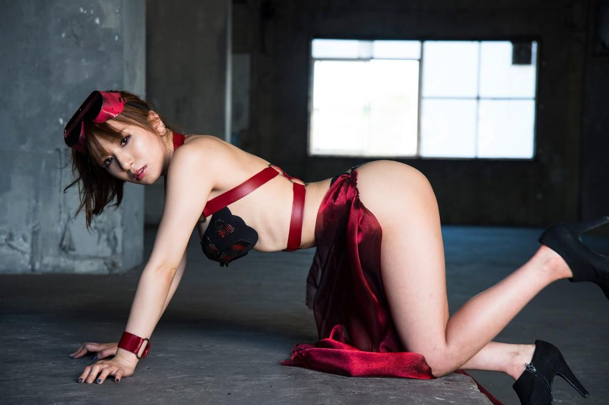 園田みおん写真集 RESISTANCE 152photos